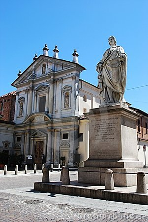 Church and statue, Novara