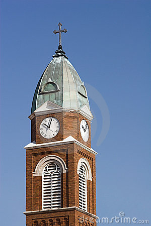 Free Church Steeple And Clock Royalty Free Stock Photography - 2017077