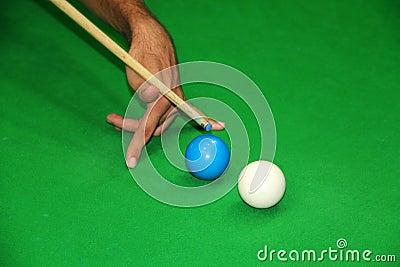Chytry strzału snooker