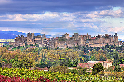 Cidade Carcassonne-fortificada