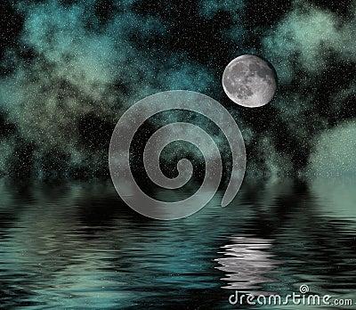 Cielo stellato e luna sopra acqua