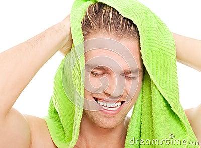 Cieszy się prysznic