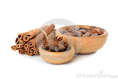 Cinnamon, anise and cocoa beans