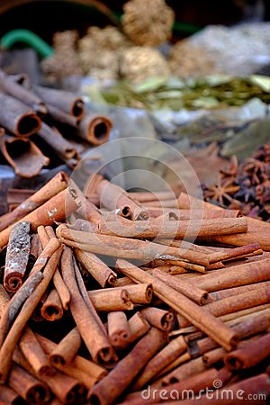 Free Cinnamon At The Spice Market Royalty Free Stock Photography - 33075847