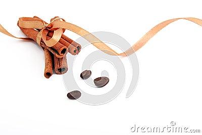 Cinnamon sticks bonded