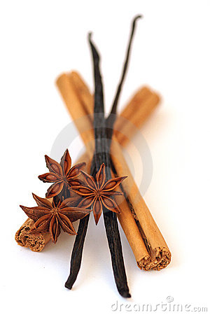 Cinnamon, vanilla and star anise