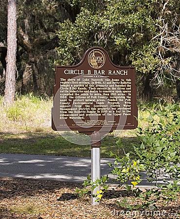 Free Circle B Bar Ranch Sign Royalty Free Stock Photography - 87318877