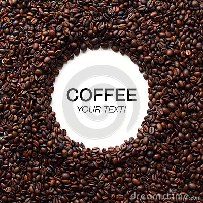 Free Circle Coffee Beans Frame With Copy Space Royalty Free Stock Photo - 71146185