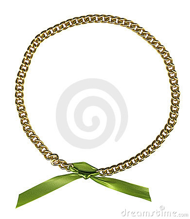 Circle frame from gold chainlet