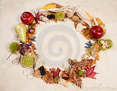 Circular Autumn border