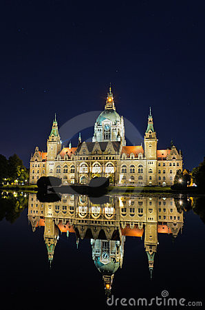 City Hall of Hannover, Germany by night