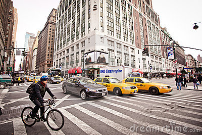 City streetlife on 7th Avenue in New York Editorial Stock Image