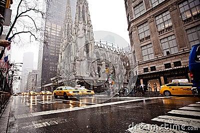 City streetlife on Fifth Av. in New York Editorial Stock Photo