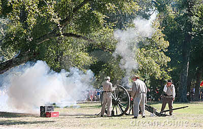 Civil War Canon Fire Editorial Photography