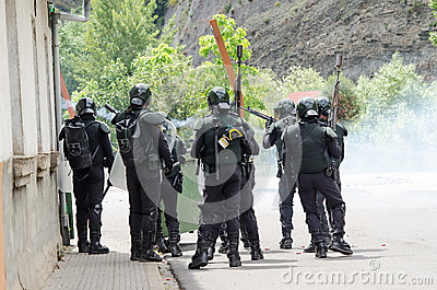 Clashes Between Miners And Anti Riot Police Royalty Free Stock Images - Image: 25382869