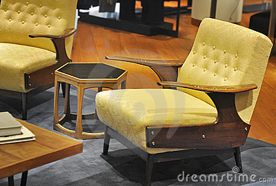 Classic American Mid Century arm chair