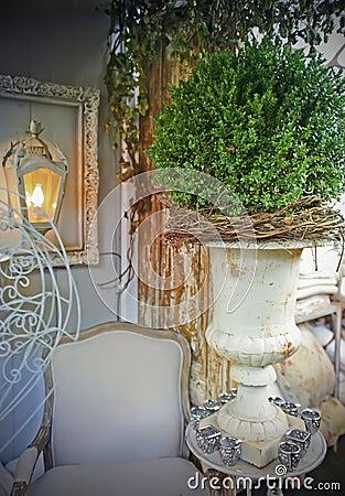 Classic garden vase