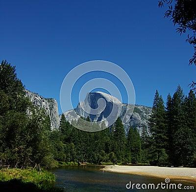 Free Classic Half Dome, Yosemite Stock Photo - 17687730