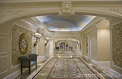 Classic wide corridor with settee and carpet