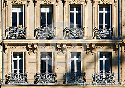 Classic windows in Marseille