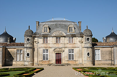 The classical castle of Malle in Gironde
