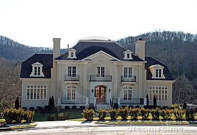 Classical Luxury Home 37