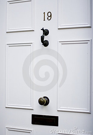 Free Classical White Door Royalty Free Stock Photo - 3133065