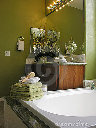 Free Classy Bathroom Royalty Free Stock Images - 1135389