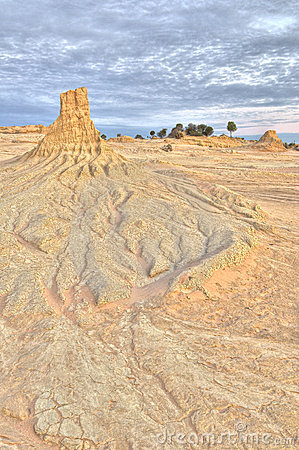 Clay pinnacle and erosion patterns in Mungo Nation