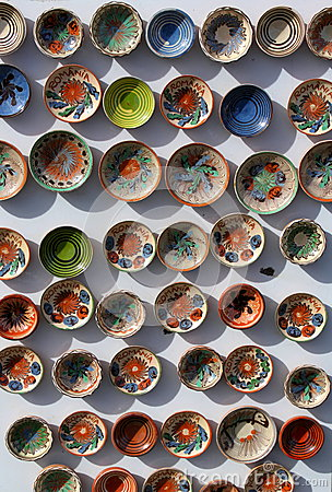 Free Clay Plates Royalty Free Stock Photos - 33903528