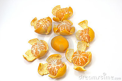 Cleaned tangerines in circle