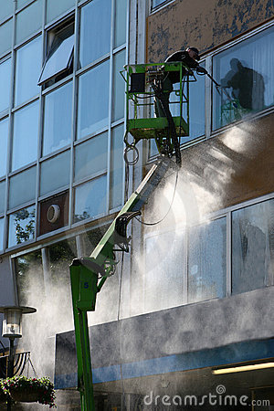 Free Cleaning The Windows 01 Stock Photography - 491102