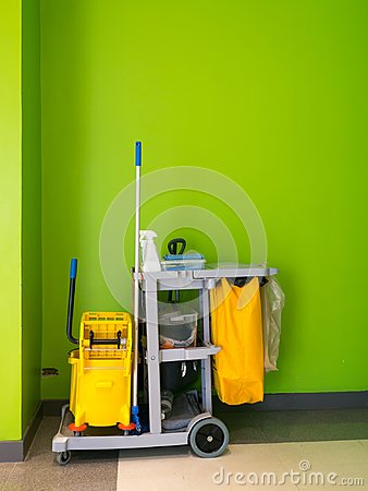 Free Cleaning Tools Cart Wait For Cleaning.Bucket And Set Of Cleaning Equipment In The Office. Janitor Service Janitorial For Your Plac Royalty Free Stock Photography - 109608547