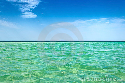 Clear sea horizon