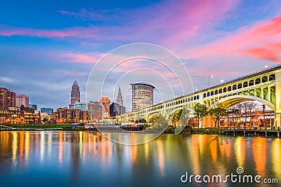 Cleveland, Ohio, USA downtown city skyline on the Cuyahoga River Stock Photo