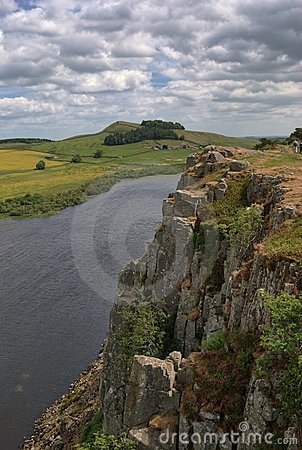 Free Cliffs Above Crag Lough Royalty Free Stock Images - 15454069