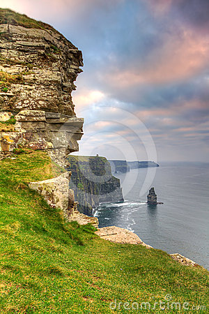 Cliffs of Moher verical