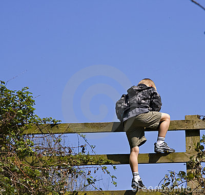 Climbing gate