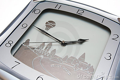 Clock with minutes left