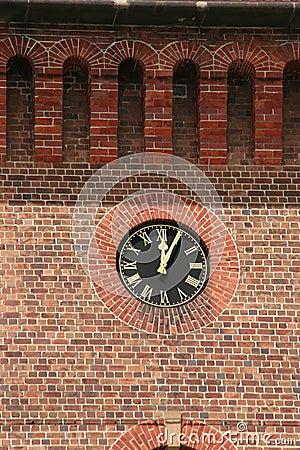 Free Clock On Brick Wall Royalty Free Stock Photo - 831505