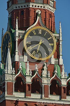 Free Clock On The Spasskaya Tower Of Moscow Kremlin Stock Photo - 41391880