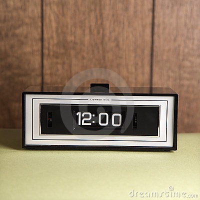 Clock set for 12:00.