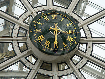 Clock of a shopping mall