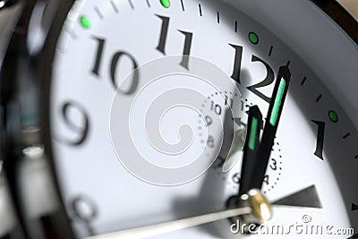 Clock showing 12 o clock