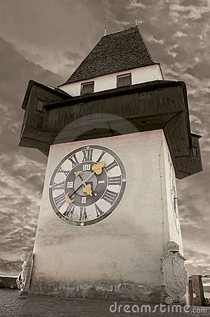 Free Clock Tower In Graz Royalty Free Stock Image - 1398116