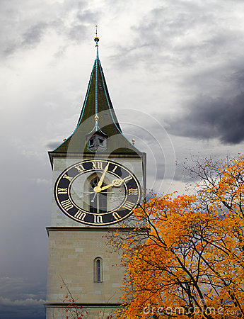 Free Clock Tower Of St. Peter S Church Royalty Free Stock Photo - 32409145