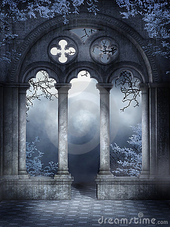 Free Cloister Ruins With Vines Stock Photos - 19399763
