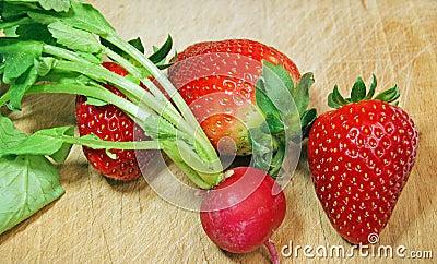 Strawberry and radish