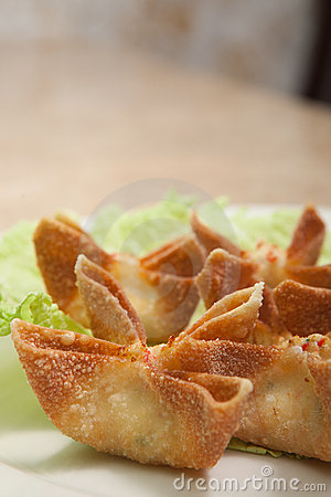 Close up crab rangoons