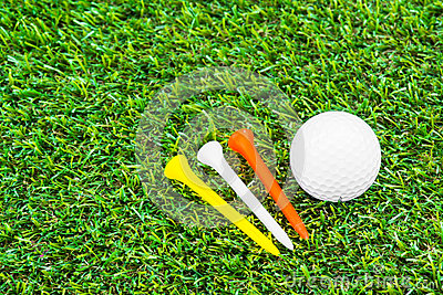Close up of golf ball and tee